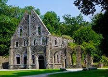 Fördärvar av gästhusen av abbotskloster av Villers la Ville, Belgien Arkivbilder
