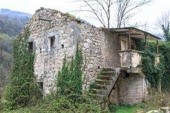 Fördärvar av gamla byggnader Arkivbild