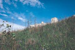 fördärvar av gammal övergiven slott i Slovakien - retro blick för tappning fotografering för bildbyråer
