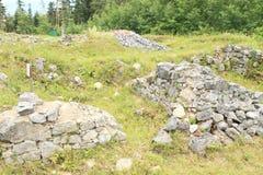 Fördärvar av gammal kloster i slovakiskt paradis Royaltyfri Bild