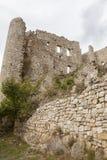 Fördärvar av gammal medeltida slott av Bargeme i Provence Frankrike Arkivfoto