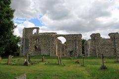 Fördärvar av kyrkan för St Andrew ` s, Walberswick Royaltyfri Bild