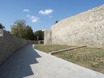 Fördärvar av medeltida fästning i Drobeta Turnu Severin Arkivbild
