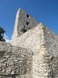 Fördärvar av medeltida fästning i Drobeta Turnu Severin Arkivfoto