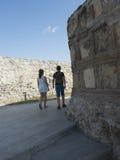 Fördärvar av medeltida fästning i Drobeta Turnu Severin Royaltyfri Fotografi