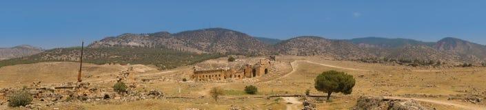 Fördärvar av teater i forntida Hierapolis Royaltyfri Bild