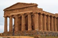 Fördärvar av templet av Concordia, Agrigento Royaltyfria Bilder