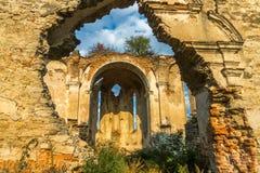 Fördärvar av templet, Medzhibozh, Ukraina Arkivfoto