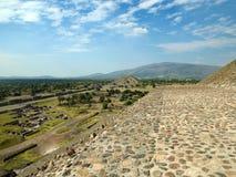 Fördärvar av Teotihuacan Mexico - stad Royaltyfria Foton