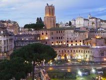 Fördärvar av Trajan forum i Rome, Italien Arkivfoton
