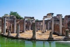 Fördärvar av villan Adriana nära Rome, Italien Arkivbilder
