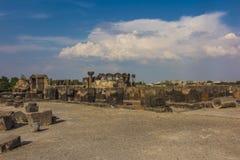 Fördärvar av Zvartnots den himmelska ängeltemplet Armenien, central som Arkivfoton