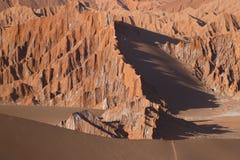 Fördärvar dalen - Valle de Marte och Cordillera de la Sal, den Atacama öknen, Chile royaltyfri foto