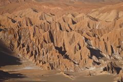 Fördärvar dalen - Valle de Marte och Cordillera de la Sal, den Atacama öknen, Chile royaltyfri fotografi
