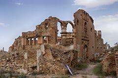 Fördärvar den Belchite byn som förstörs av bombningen av den spanska inbördeskriget Arkivbild