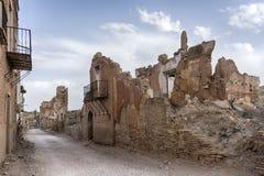 Fördärvar den Belchite byn som förstörs av bombningen av den spanska inbördeskriget Arkivfoton