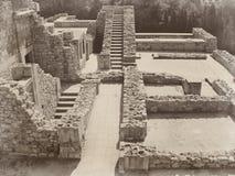 Fördärvar den gamla stenen för forntida slottKretaGrekland grekisk civilisation Royaltyfria Bilder