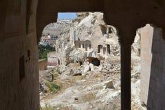 Fördärvar i den Cappadocia regionen, sikt in i yttersida Fotografering för Bildbyråer