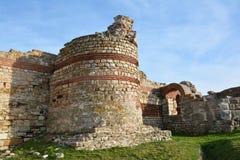 Fördärvar i den gamla staden Nessebar, Bulgarien Arkivbild