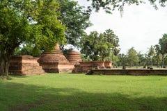Fördärvar i det historiskt parkerar i sukhothai Arkivbilder