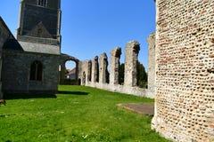 Fördärvar kyrkliga St Andrew, Walberswick UK, Arkivbild