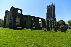 Fördärvar kyrkliga St Andrew, Walberswick UK, Royaltyfri Fotografi
