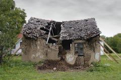fördärvat hus Arkivbilder
