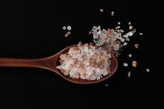 Fördela, att salt Arkivbilder