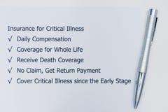 Fördelar av att göra försäkring för kritisk sjukdom royaltyfri bild