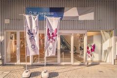 Förderndes Ereignis, zum von Freiwilligen für die Organisation der 2019 olympisch und der in Japan gehalten zu werden Paralympic- lizenzfreie stockbilder