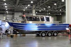 FÖRE DETTA för konung 900 för fartygWeldcraft Cuddy för båtmässa för International 10 Royaltyfria Bilder