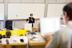 Föreläsning på universitetet Fotografering för Bildbyråer