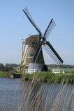 Förena den Doet Leven väderkvarnen, Voorhout, Nederländerna Arkivfoto
