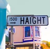 Föreningspunkt Kalifornien för San Francisco Haight Ashbury gatatecken arkivfoton