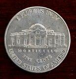 Förenta staterna förnicklar upp slut för fem cent myntdetalj Fotografering för Bildbyråer