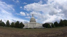 Förenta staternahuvudbyggnad, blå himmel för kongress - bred vinkel för Washington DC stock video