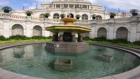 Förenta staternahuvudbyggnad, kongress - springbrunnen går omkring arkivfilmer