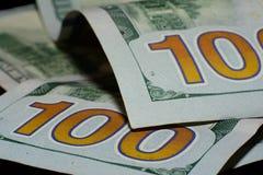 Förenta staternavaluta som hundra dollar är amerikansk Nya räkningar Royaltyfria Bilder