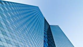 företags blå byggnad Royaltyfria Foton