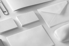 Företags brevpapperuppsättningmodell Presentationsmapp, kuvert Fotografering för Bildbyråer