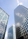 Företags byggnader in mot royaltyfri foto