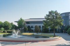 Företags högkvarteruniversitetsområde av Keurig Dr Pepper i Plano, Texa Arkivbilder