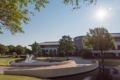 Företags högkvarteruniversitetsområde av Keurig Dr Pepper i Plano, Texa arkivfoto