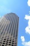 företags kontorssky för blå byggnad Royaltyfri Bild