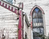 Förfalla kyrkan, arkitektur, stads- förfall arkivfoto