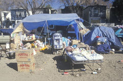 Förflyttade Hispanics under den Northridge earthquaen Royaltyfria Foton