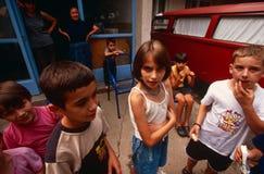 Förflyttat folk för serb internt från Kosovo, Serbia royaltyfri foto