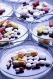 förgiftar medicinpillstablets Arkivbilder
