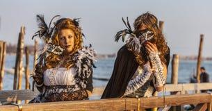 Förklädda kvinnor Royaltyfri Fotografi
