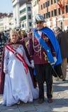 Förklädda mogna par Royaltyfria Foton